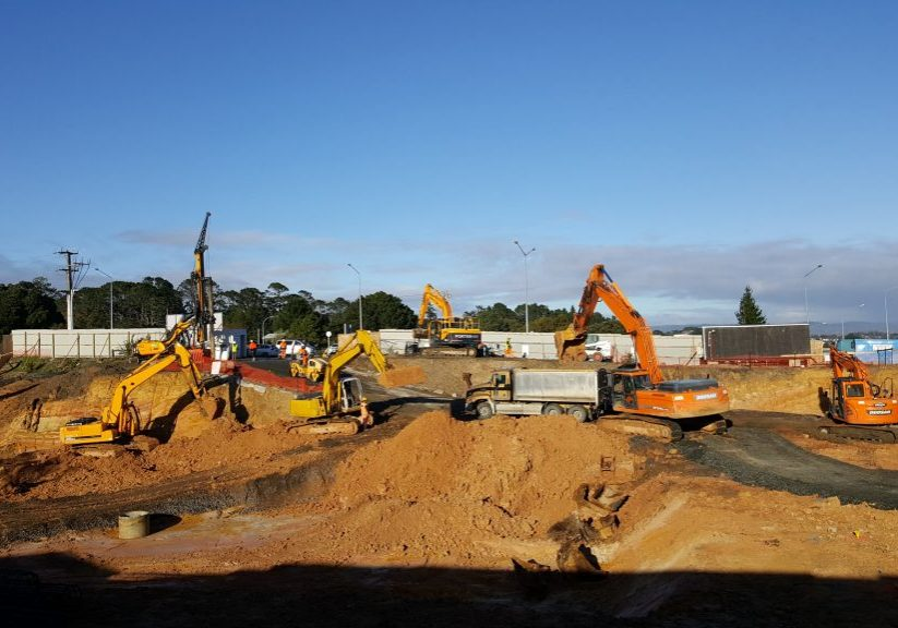 Earthtec Machinery in action